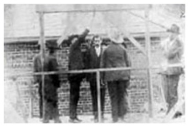 Execution of Molly Maguire 1877 (French soure: I have been unable to find the name of the victim or the exact date of his execution