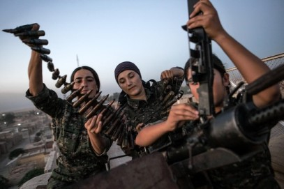 Female YPD fighters in Rojava