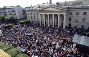 Aerial shot of rally in O'Connell Street (photo: Communities Against the Water Charge)