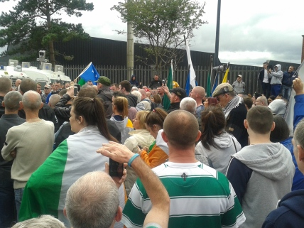 Impromptu short rally at PSNI Blockade in Old Park Road