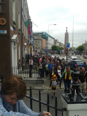 Fans making their way along Cavendish Row and along Parnell Street on their way to Croke Park. (Photo D.Breatnach)