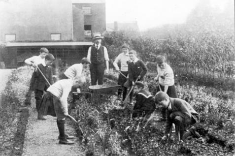 Gardening St. Enda boys