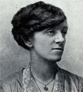 Winifred Carney was the first woman into the GPO, accompanying Connolly and carrying a typewriter and a Webley revolver