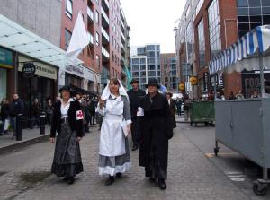 """Winifred Carney"", ""Elizabeth O'Farrell"" and ""Julia Grenan"" in Moore Street (Photo: Bart Hoppenbrouwers)"