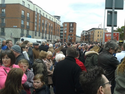 Section of crowd at North King Street at unveiling of plaque event
