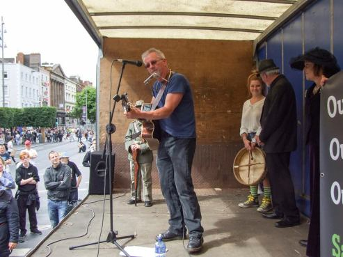 Paul O'Toole performing