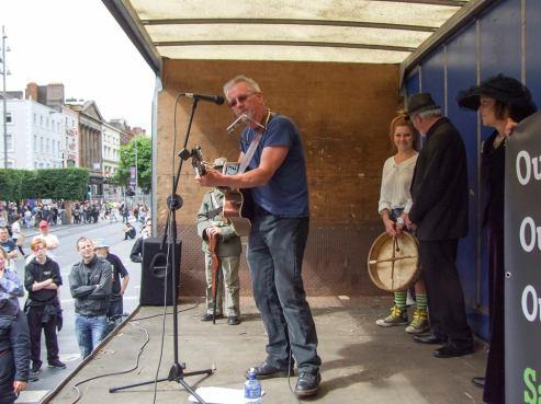 Paul O'Toole performing