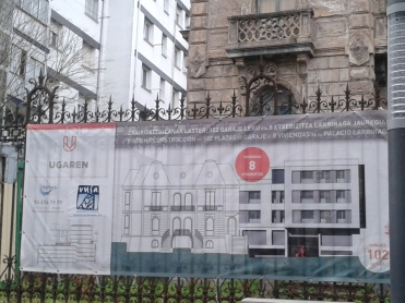 "The construction planned to replace the ""servants' house"" after the latter has been demolished. (Photo: D.Breatnach)"