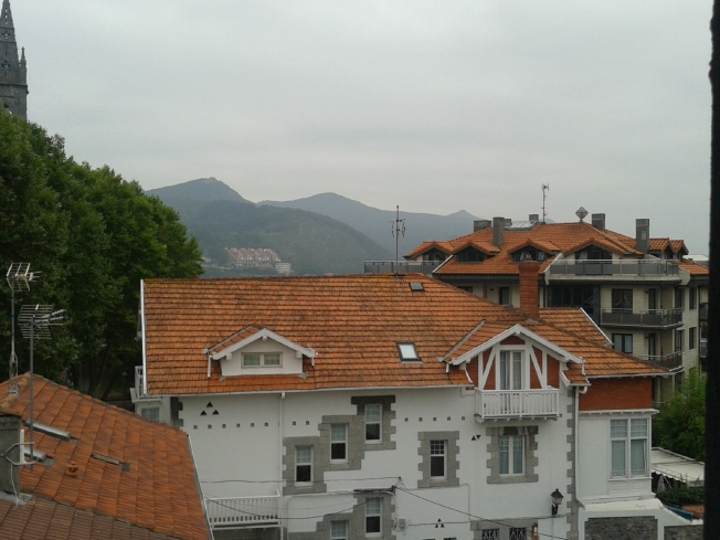 Mountains over Mundaka rooftop