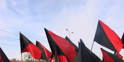Anarcho-Sindicalist and Anarchist black flags (Photo source: Internet)