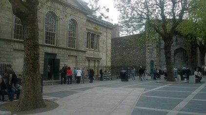Plaza in front of old Kilmainham courthouse, which is the new entrance to the Jail Museum. (Photo: Ian O'Kelly)