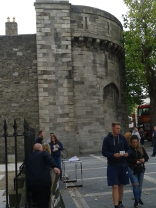 Side of the front of Kilmainham Jail (Photo: D.Breatnach)