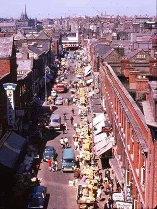 Moore Street, perhaps 1960s or 1970s, from perhaps the roof or upper floor of the GPO building (Source: Internet)