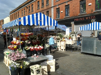 Flower stalls at the north end of Moore Street (source: D.Breatnach)